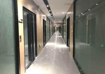 清湖地铁站口附近新出楼上510平带装修面积出租图片6