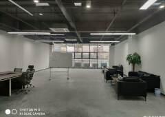 光明精装修办公室出租带红本大小面积都有交通便利停车位多