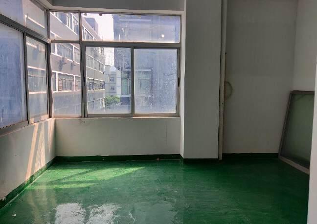 福永白石厦独门独院楼上400平米实际面积精装修厂房出租