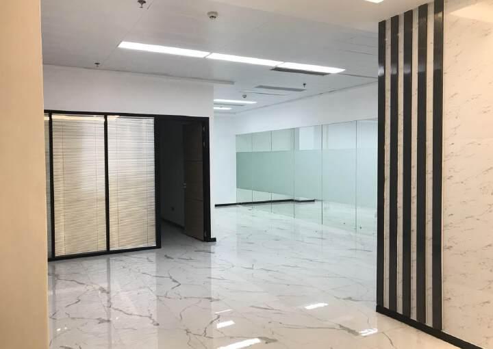 清湖地铁站口附近新出楼上510平带装修面积出租图片4