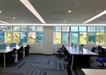 光明精装修办公室出租带红本大小面积可分租图片5