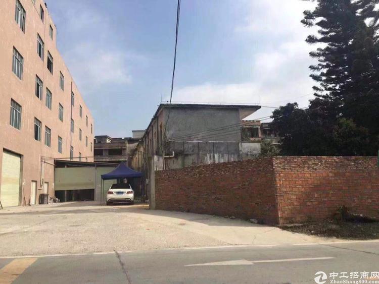 黄埔萝岗区开创大道边上新空标准厂房3-4楼2800平米