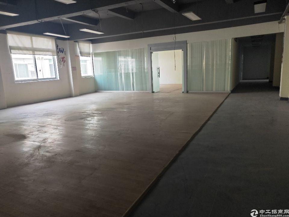 西乡鹤洲大型工业园内新出楼上整层1000平米-图3