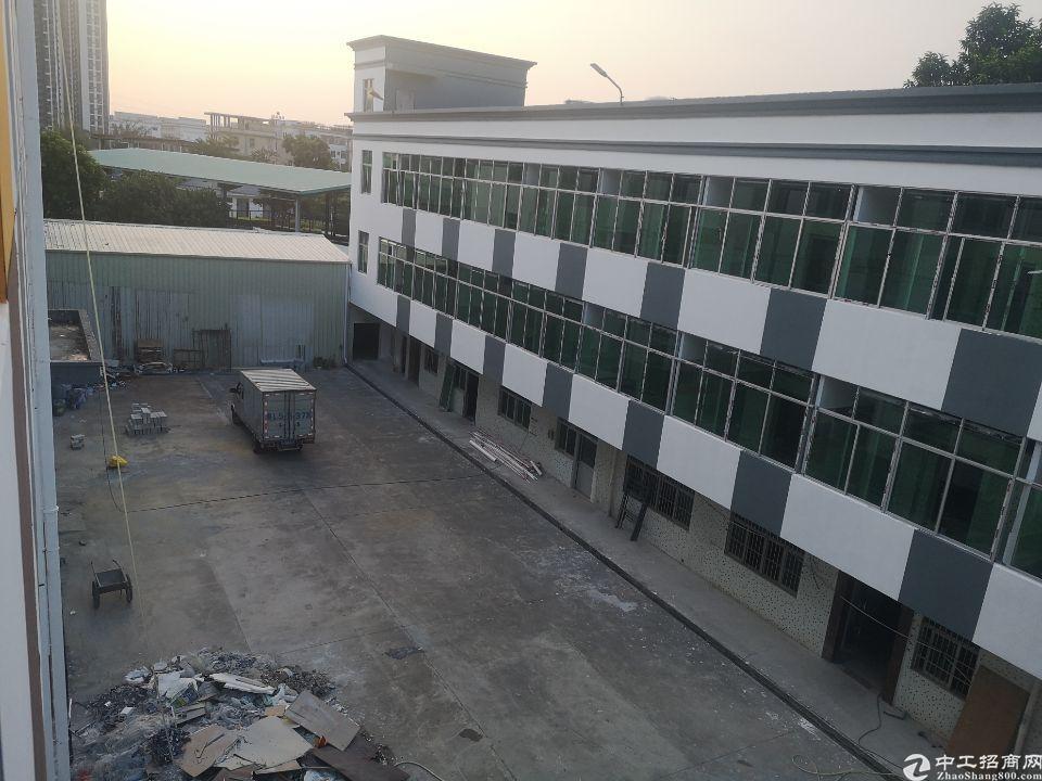 坪山石井精装修厂房楼上680平方出租,证件齐全