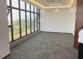 龙华清湖雪岗北附近新出精装修办公室出租168平-500平面积图片6