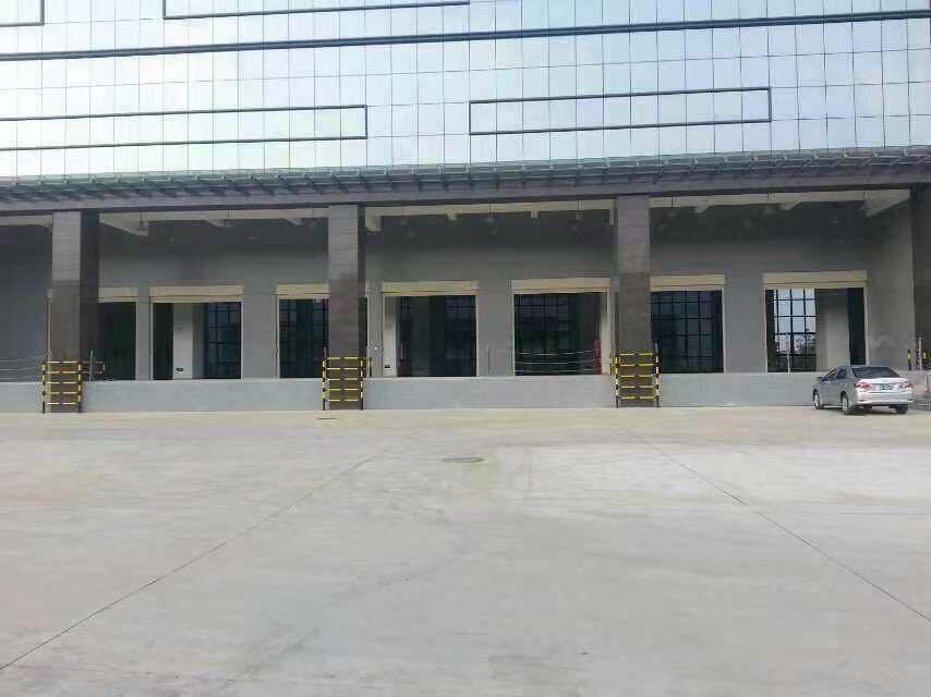 布吉李朗标准物流仓库16500平方整栋出租,可以分租!