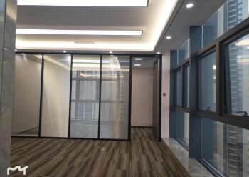 龙华龙胜地铁口118平豪华写字楼出租图片2