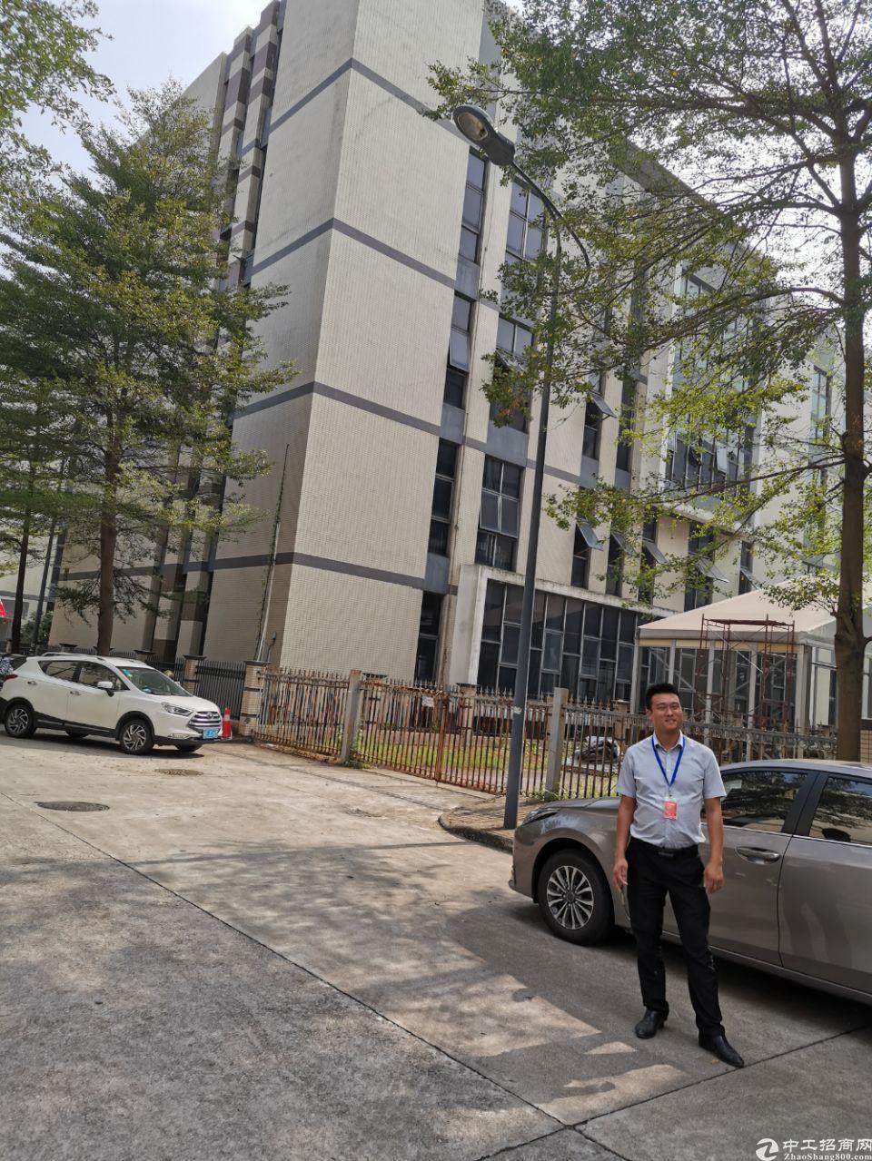 大石工业园区标准一楼厂房1800平米,大小可分租