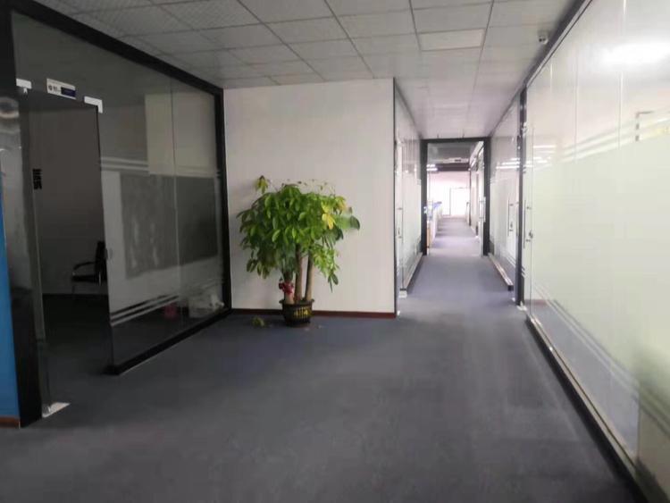 惠阳三和独院厂房2楼2350平,有红本,现成水电带装修-图5