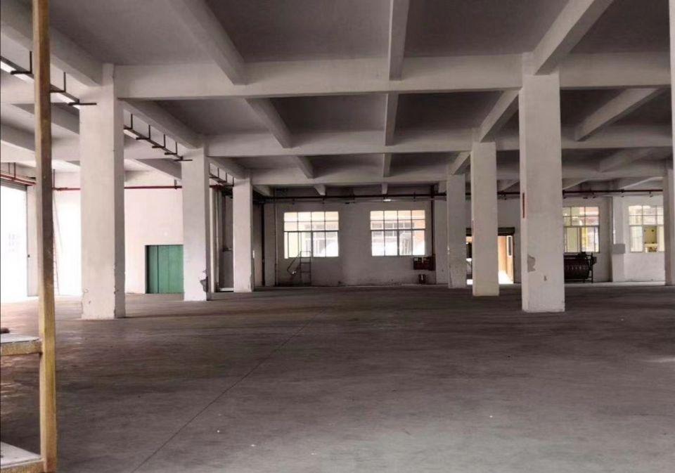 原房东钟村大型园区标准厂房3楼3400方-4楼1780方可分