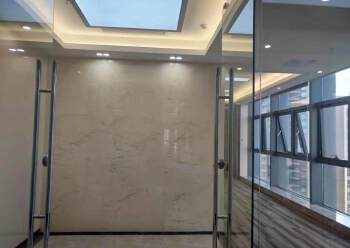 龙华龙胜地铁口118平豪华写字楼出租图片4