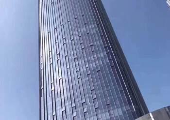 横岗地铁站甲级写字楼165平带精装修图片3