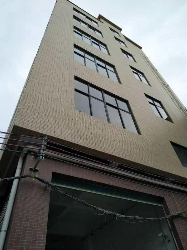 长安镇沙头新出全新厂房每层270平方出租