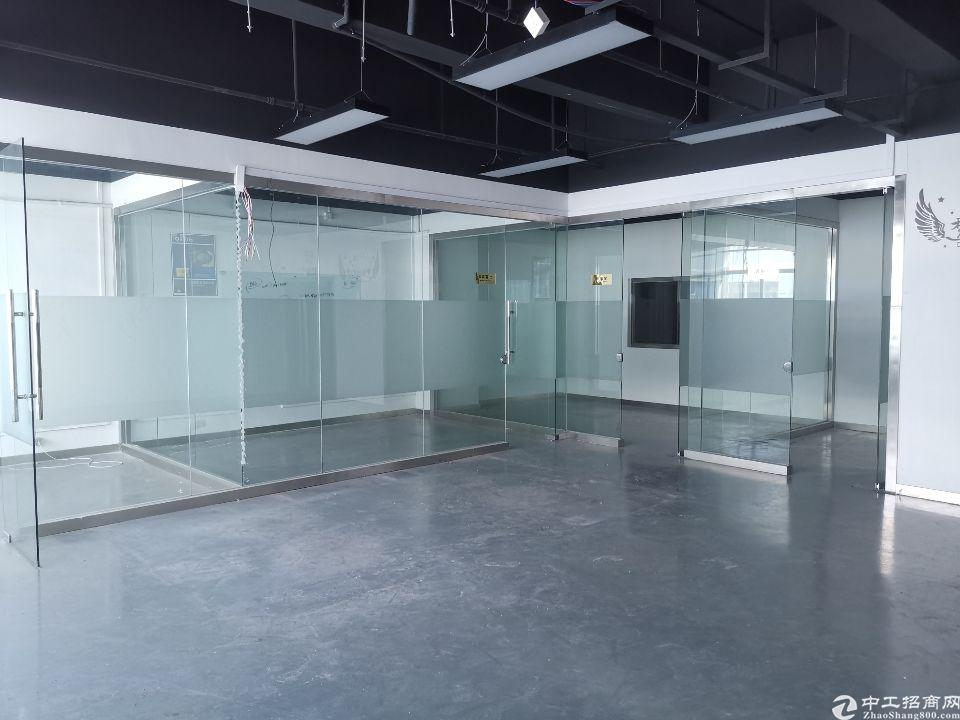 西乡固戍大门边6楼1050平带装修办公室