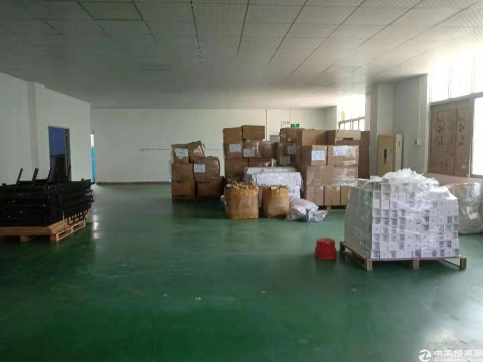 龙岗五联新出标准厂房实际面积原房东分租500平-图2