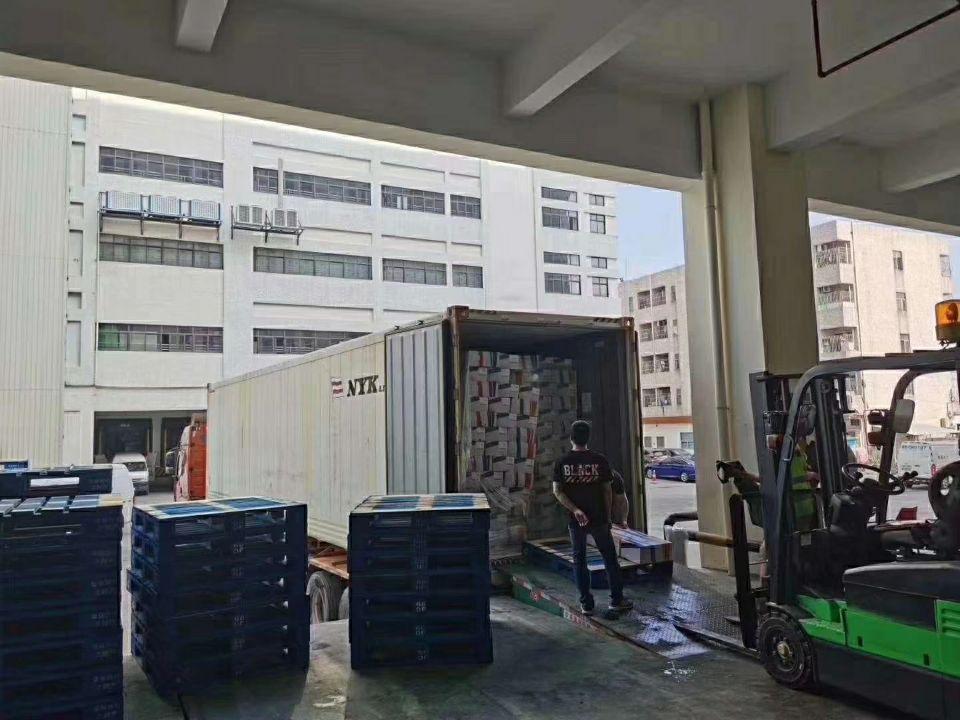 新出标准厂房一楼冷冻仓库2200平低价招租