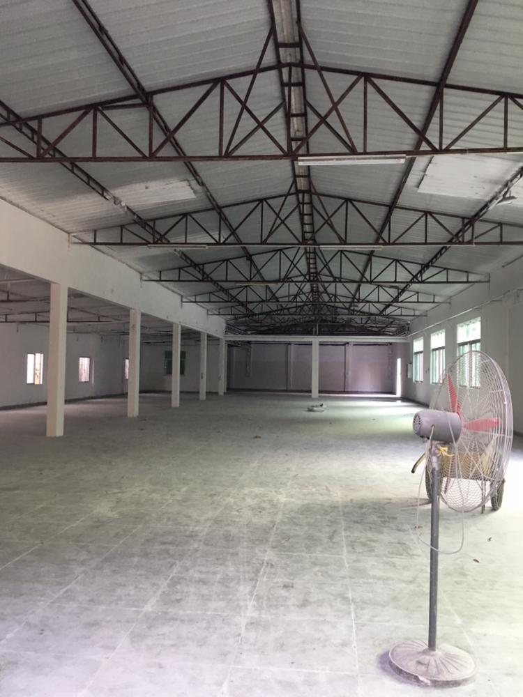 坪山独门独院钢构厂房1000平米出租,适合仓库