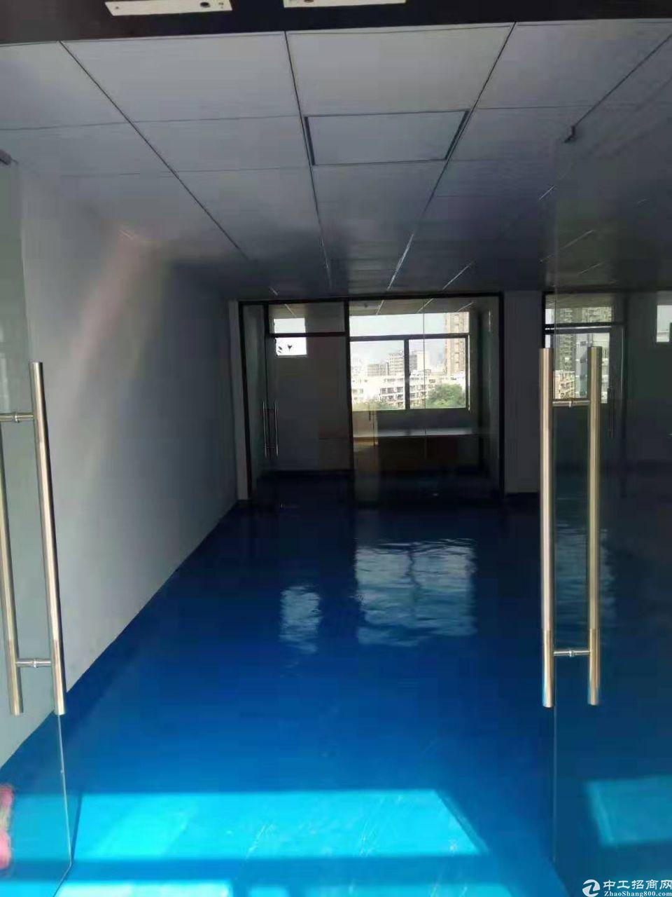 龙华民治工业路楼上120平价25办公仓库