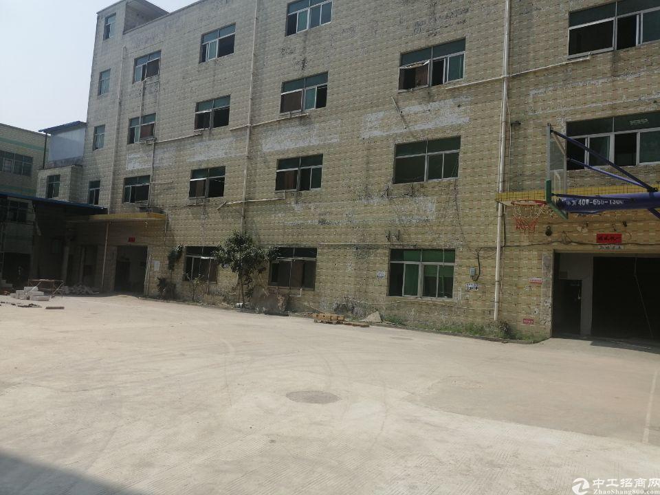 坪地新出楼上现成装修厂房  红本,喷淋,面积1800平