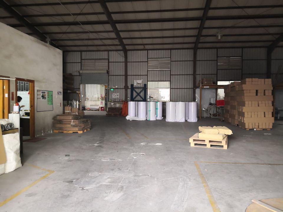 龙岗中心城宝龙工业区新出钢构厂房3000平中间无柱子可分租