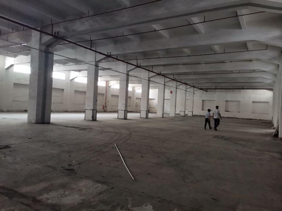 大朗镇一楼仓库2200平方