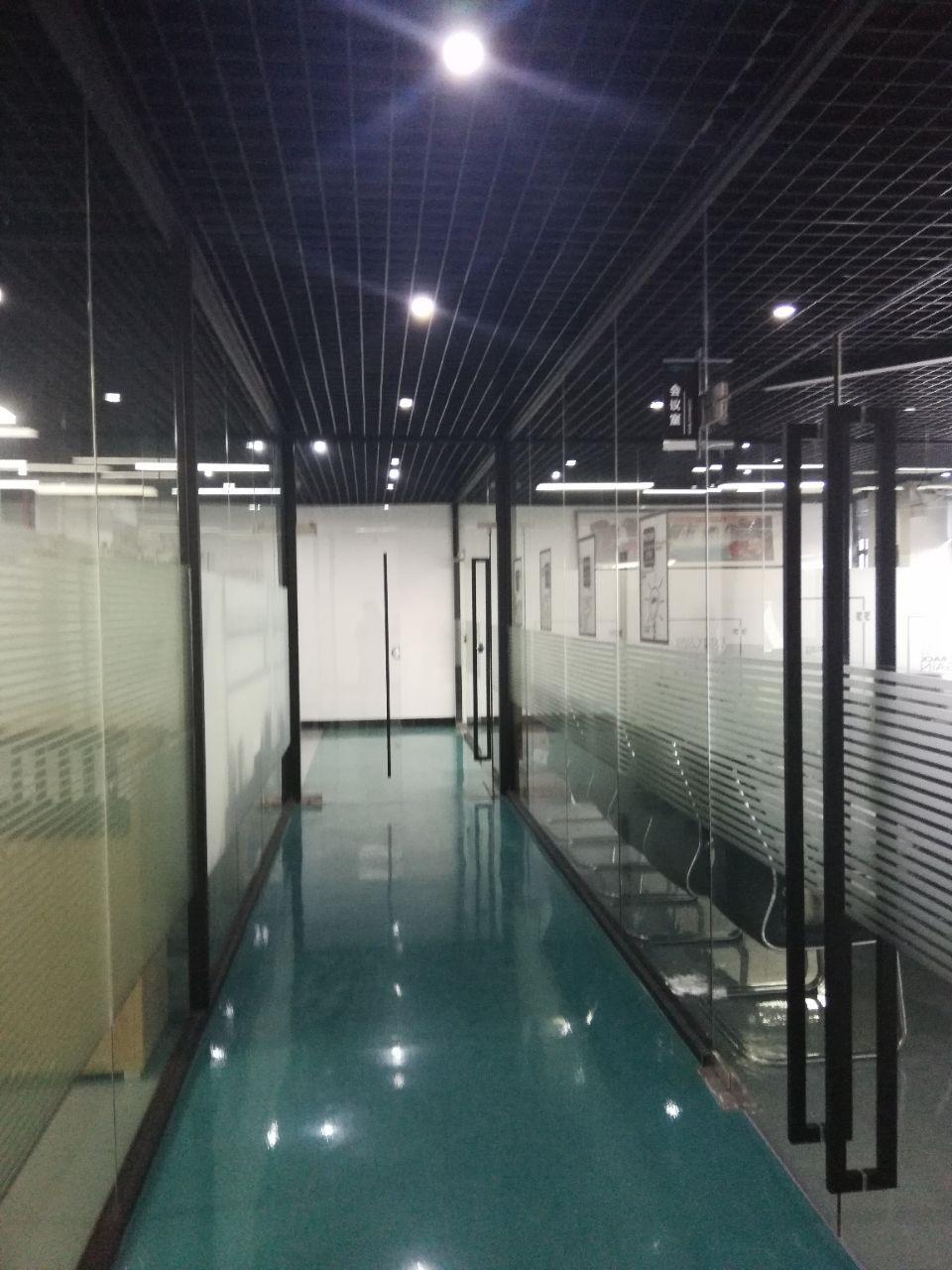 长安沿江高速附近新出带豪华装修厂房1400平方