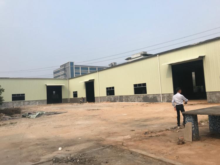 独院全新厂房出租,空地大原房东,周边无居,工业用地