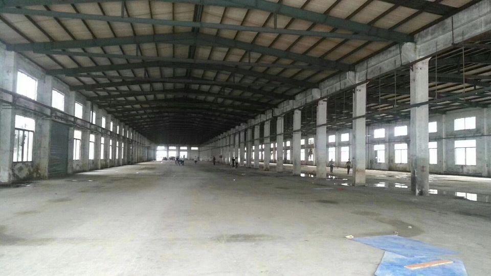 坪地新出钢构8000平方高度8米适合做仓库