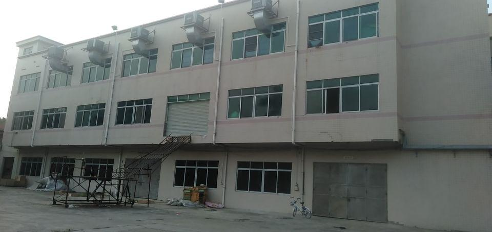 新出实业客分租2.3楼2400平