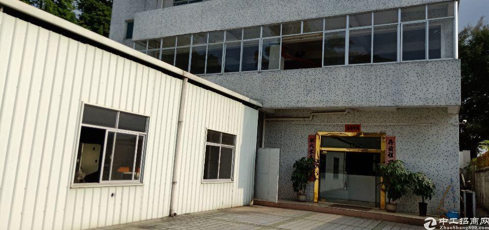 平湖辅城坳厂房3000平方出租。