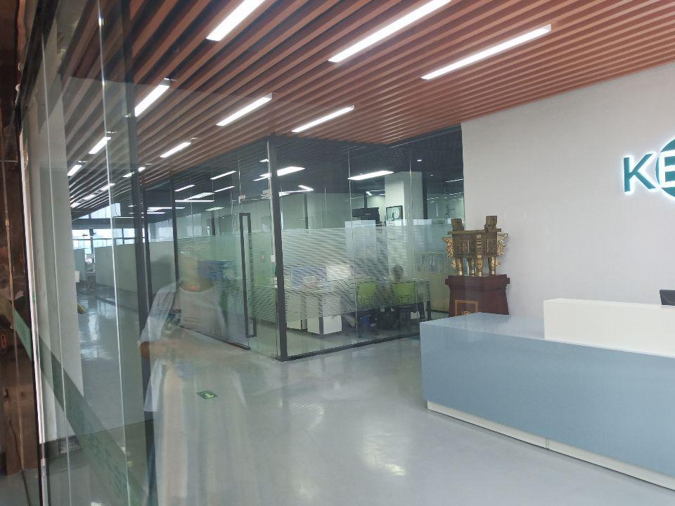 长安沿江高速出口4楼1400平方带精装修厂房出租