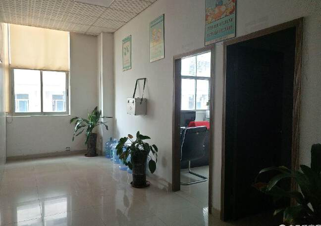 沙井镇和一原房东厂房3楼一整层1500平方现成贴片厂出租
