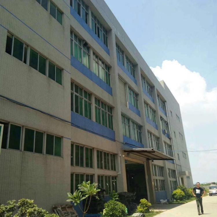 标准工业园区内分租厂房一千五百平方配套有宿舍和办公室