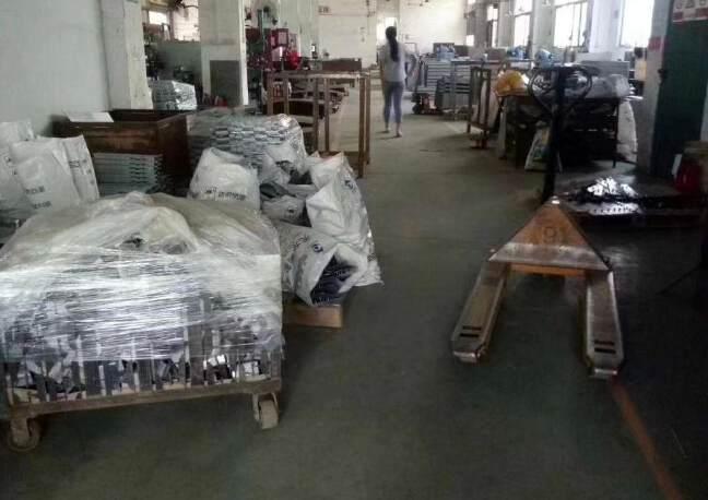 福永107国道附近花园式独院厂房6000平方招租