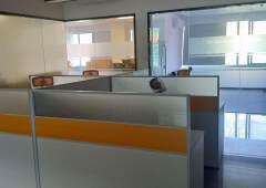 坪山新出精装修写字楼110平,带办公家具