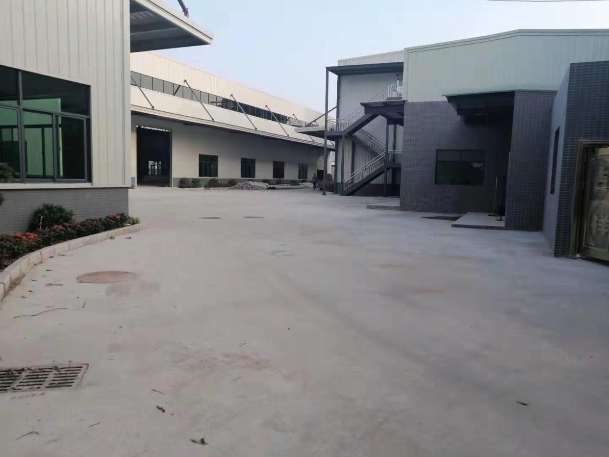 钢构厂房招租5300平方米独院10米高度