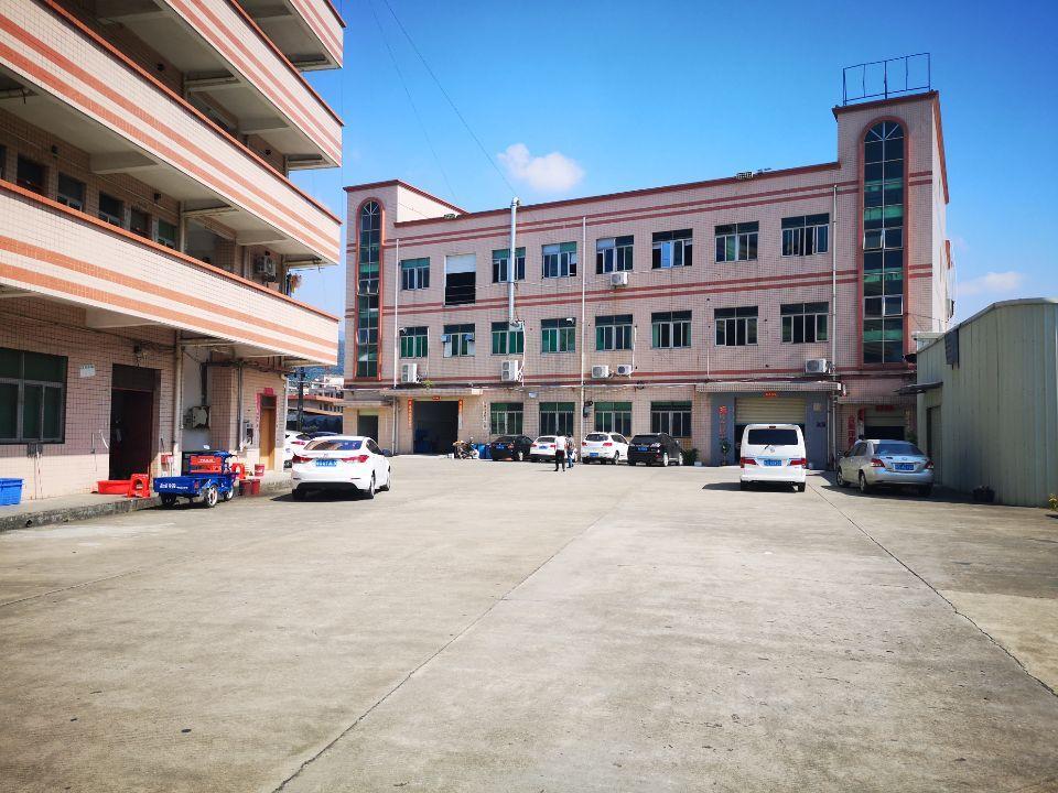 浮岗村原房东新出楼上1750平,现成办公室水电齐全,可分租