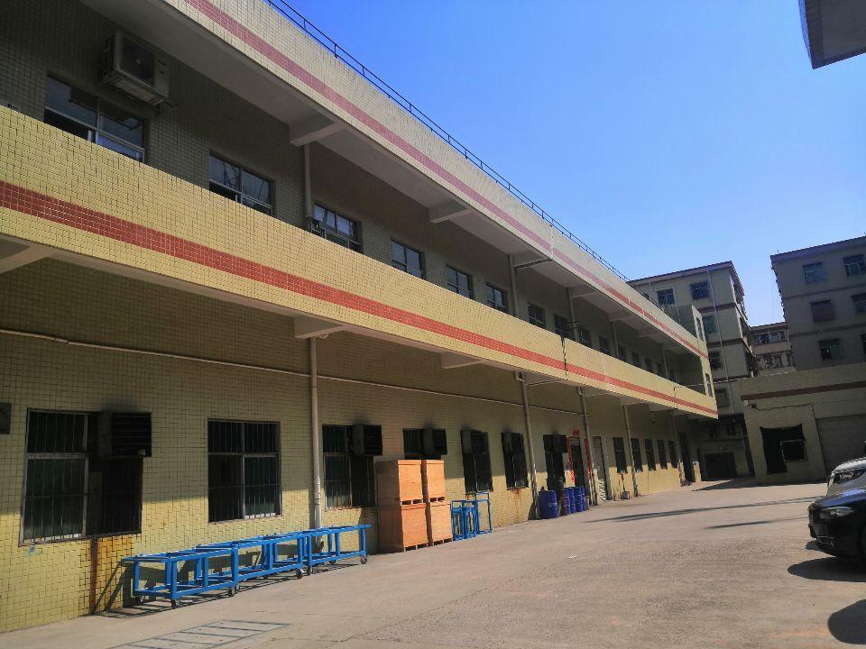 清溪镇中心二楼豪华装修办公室,水电齐全,入厂就可以生产