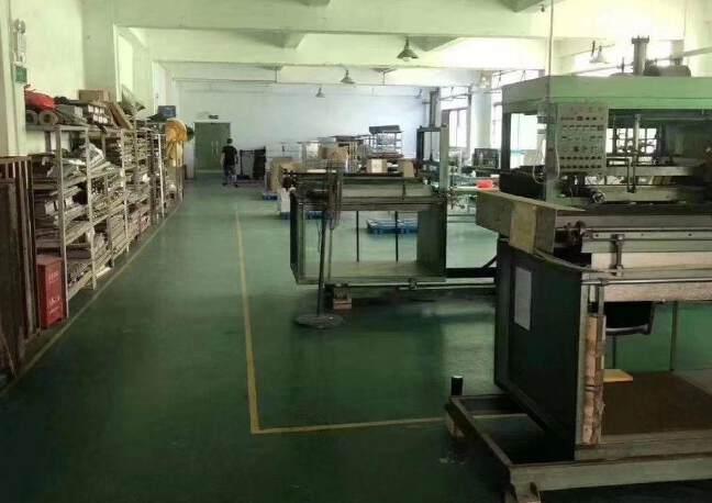 福永和平3楼厂房600平方米招租;配电315KVA。