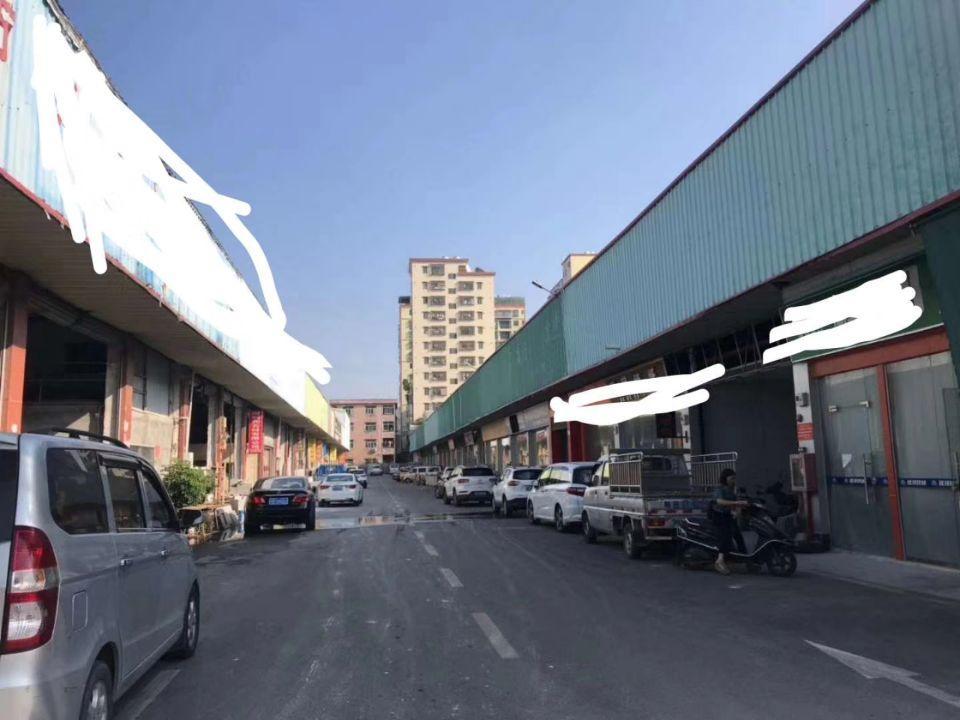 光明石材加工中心,临近南光高速出口,大量钢构铺位、仓库出租,