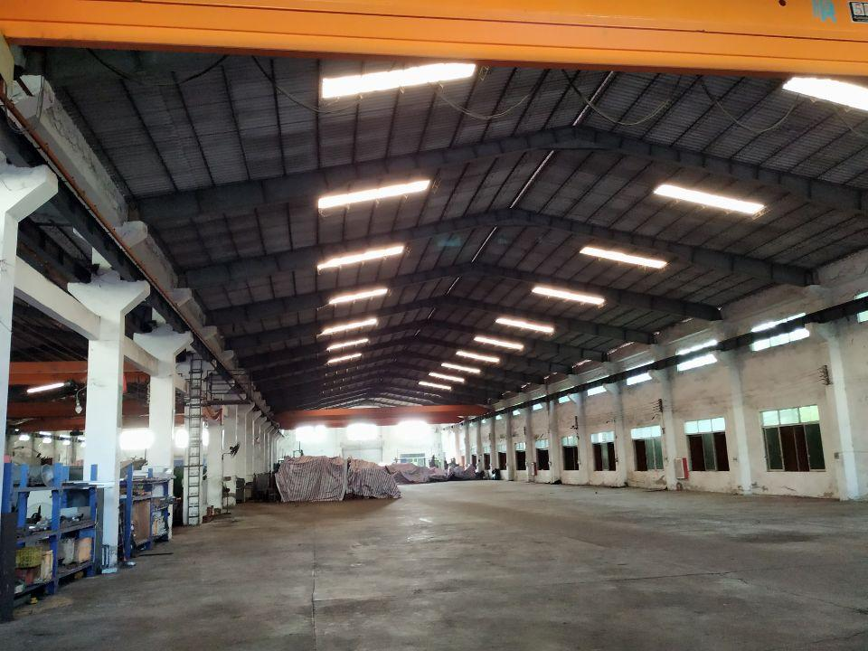 9700平厂房,5吨行车6台,整个厂区带环评