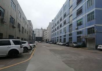 观澜环观南路边大型工业园内一楼厂房出租1600平米,层高6米图片3