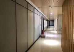 黄埔科学城主干道旁工业园内精装修办公室1400方,领包入住