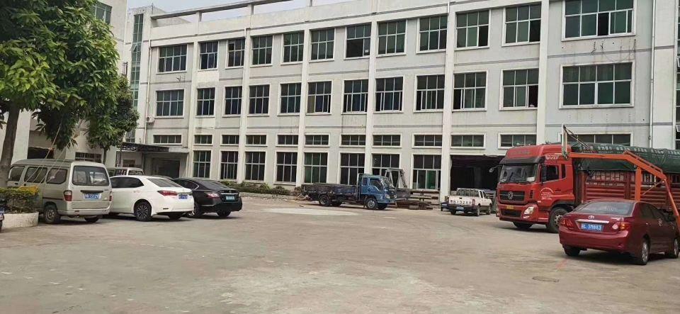 黄埔新出原房东标准厂房出售,证件齐全。