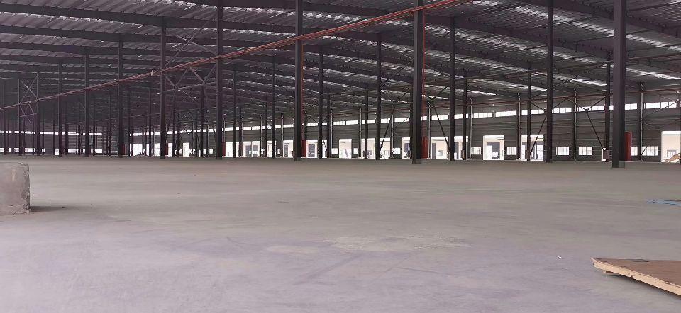 标准物流仓库 总建筑面积21万平方,现目前已租4