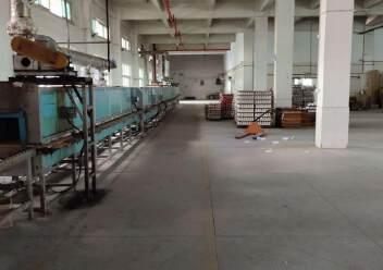 观澜环观南路边大型工业园内一楼厂房出租1600平米,层高6米图片2