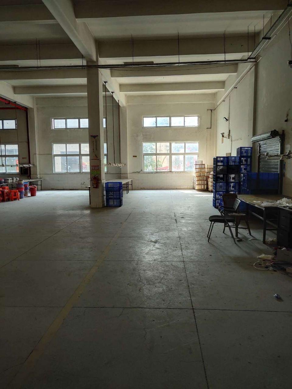 观澜环观南路边大型工业园内一楼厂房出租1600平米,层高6米-图4