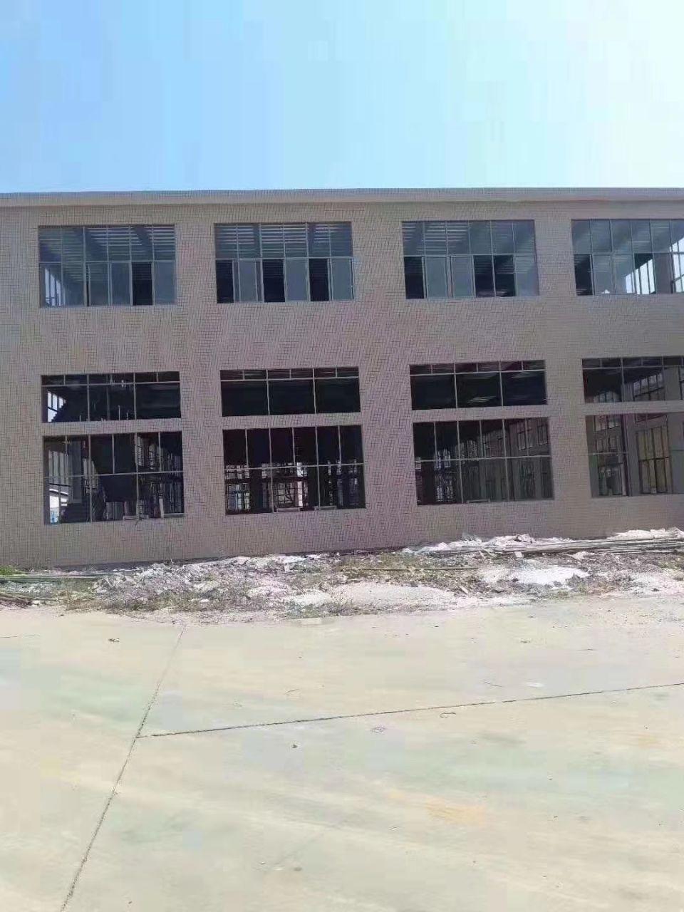 长安沿江高速出口附近新出独栋钢构厂房面积4000平一楼高7米