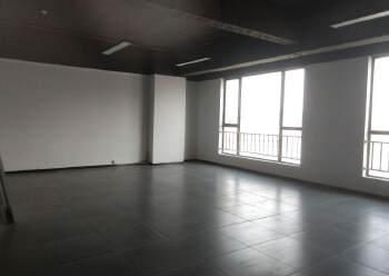 凤岗沙岭汽车站附近精装修写字楼60平方起租图片6