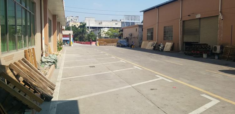 新塘镇上邵工业区一楼厂房仓库出租证件齐全价格低可办环评
